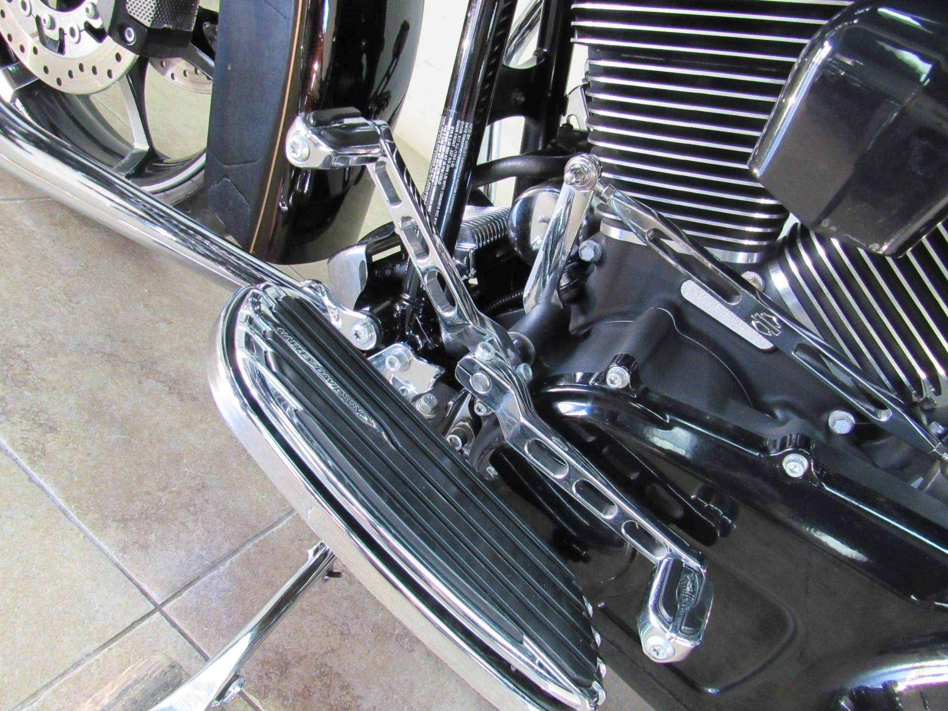 2012 Harley-Davidson CVO™ Road Glide® Custom in Temecula, California - Photo 27
