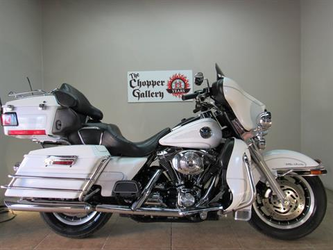 2004 Harley-Davidson FLHTCUI Ultra Classic® Electra Glide® in Temecula, California - Photo 1