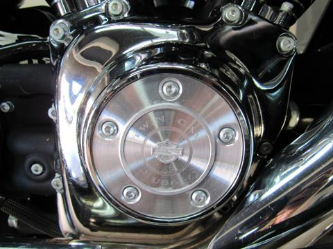 2004 Harley-Davidson FLHTCUI Ultra Classic® Electra Glide® in Temecula, California - Photo 15