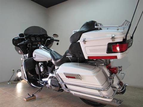 2004 Harley-Davidson FLHTCUI Ultra Classic® Electra Glide® in Temecula, California - Photo 6