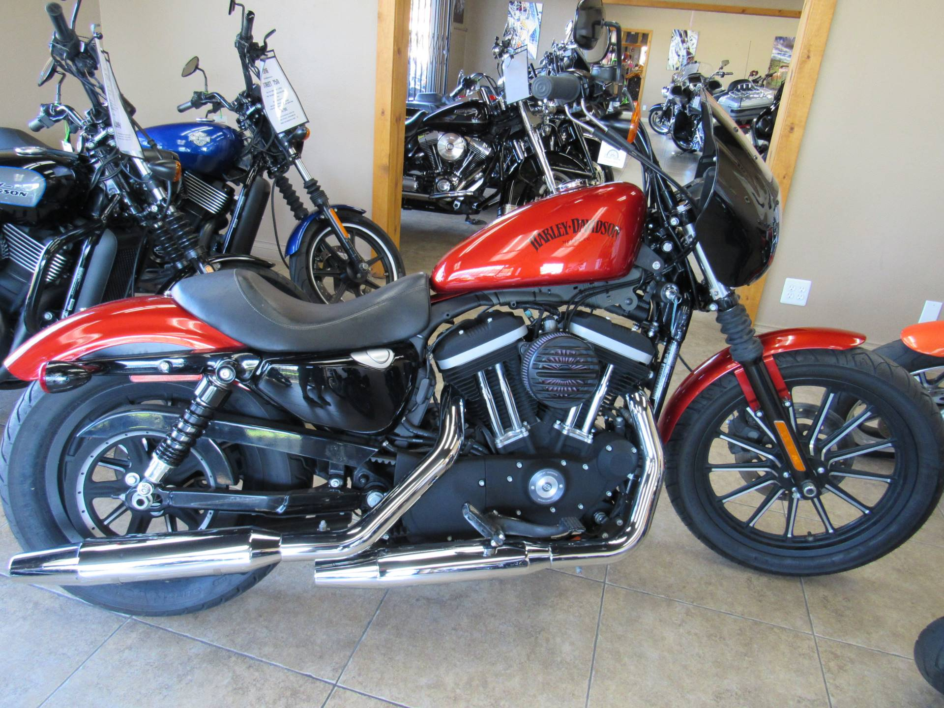 2013 Harley-Davidson Sportster® Iron 883™ in Temecula, California - Photo 1