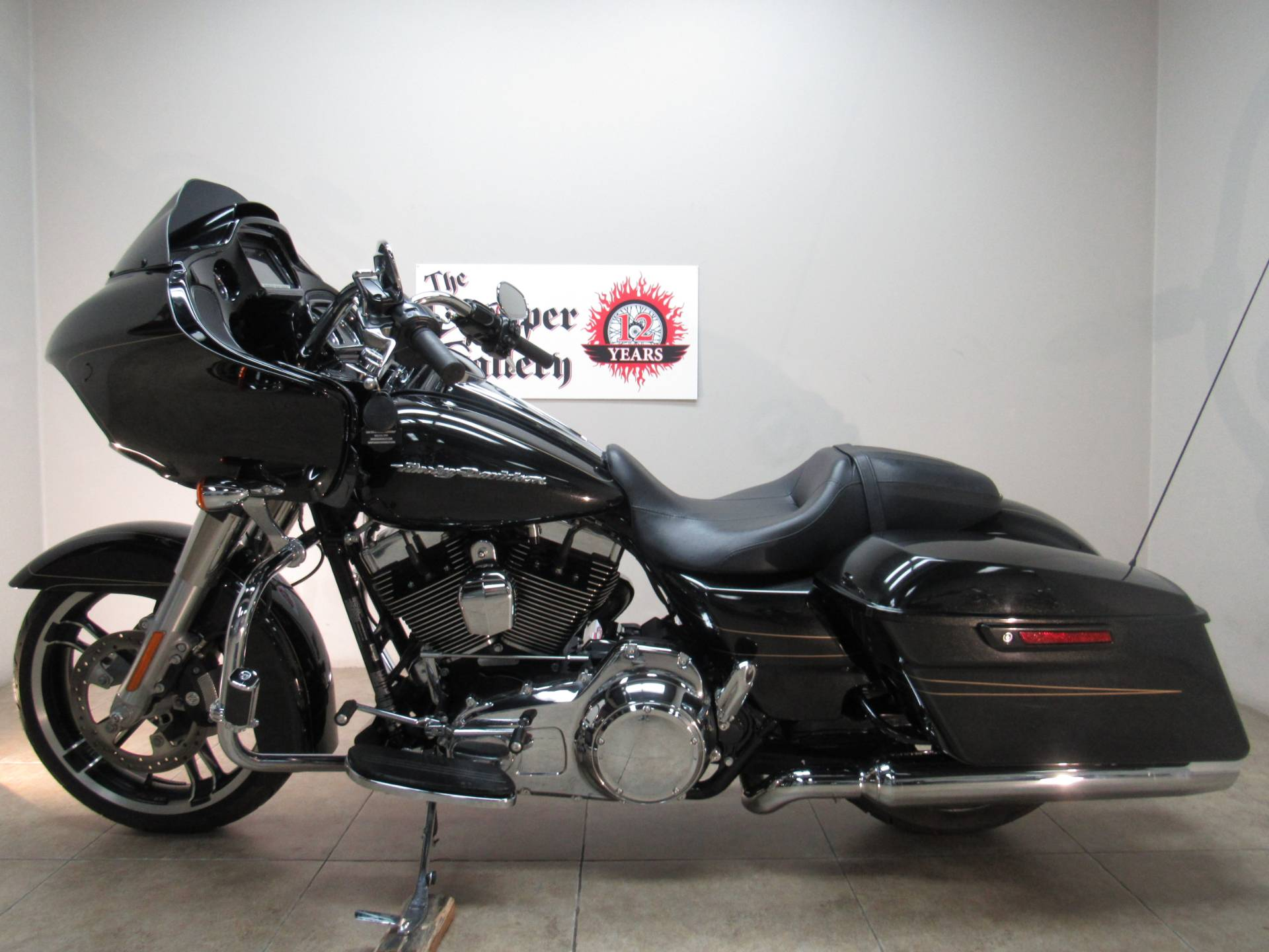 2016 Harley-Davidson Road Glide® Special in Temecula, California - Photo 2