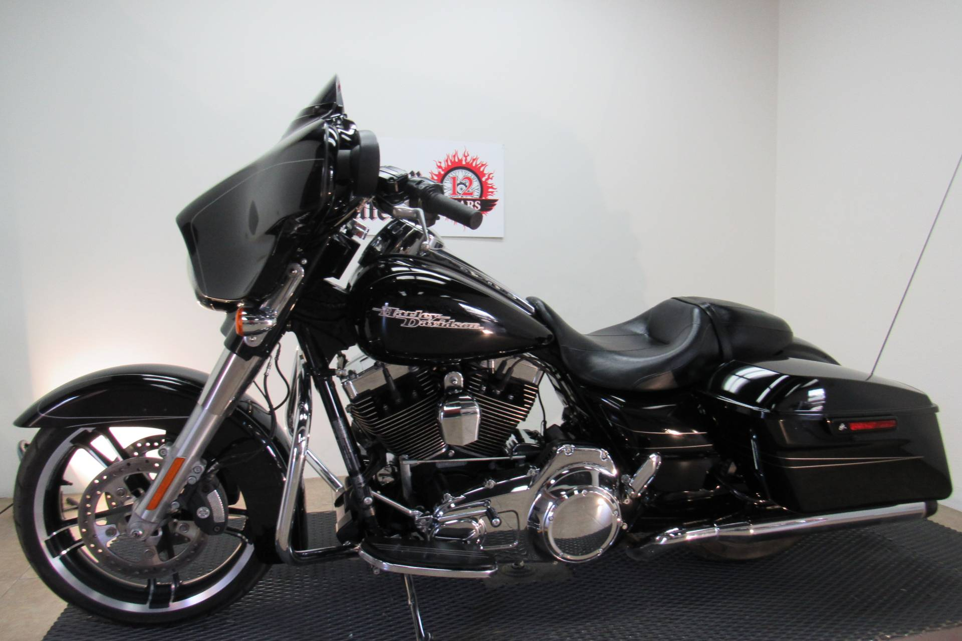 2016 Harley-Davidson Street Glide® Special in Temecula, California - Photo 14