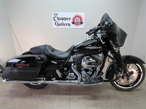 2016 Harley-Davidson Street Glide® Special in Temecula, California - Photo 31