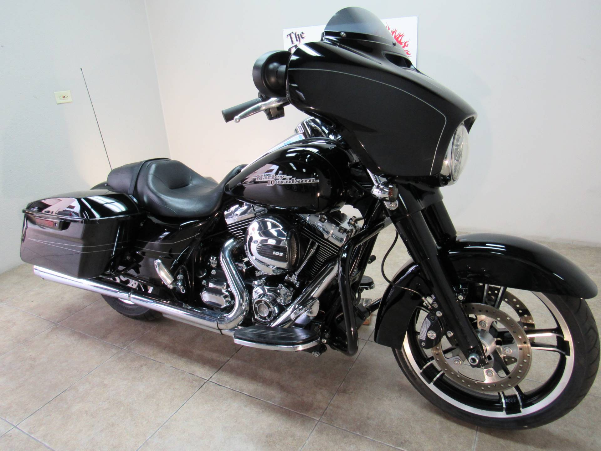 2016 Harley-Davidson Street Glide® Special in Temecula, California - Photo 1