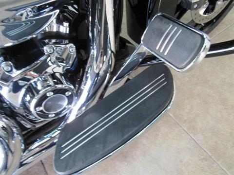 2016 Harley-Davidson Street Glide® Special in Temecula, California - Photo 20