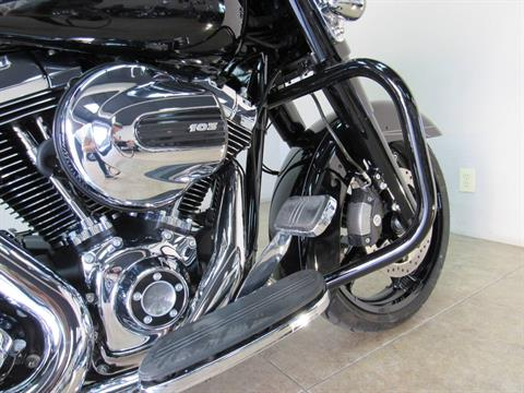 2016 Harley-Davidson Street Glide® Special in Temecula, California - Photo 25