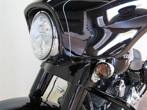 2016 Harley-Davidson Street Glide® Special in Temecula, California - Photo 8