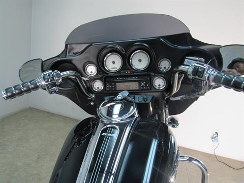 2006 Harley-Davidson Street Glide™ in Temecula, California - Photo 9
