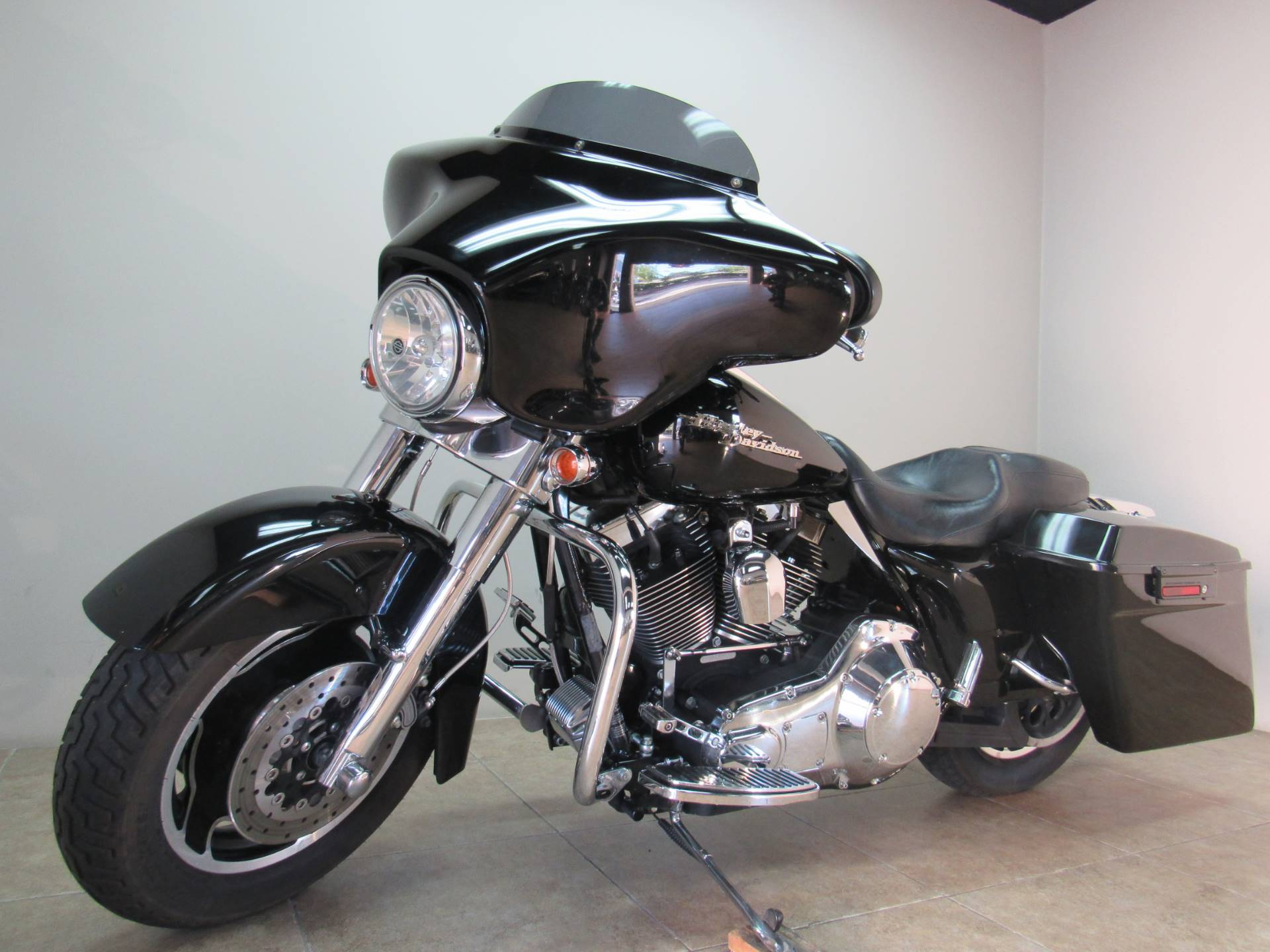 2006 Harley-Davidson Street Glide™ in Temecula, California - Photo 2