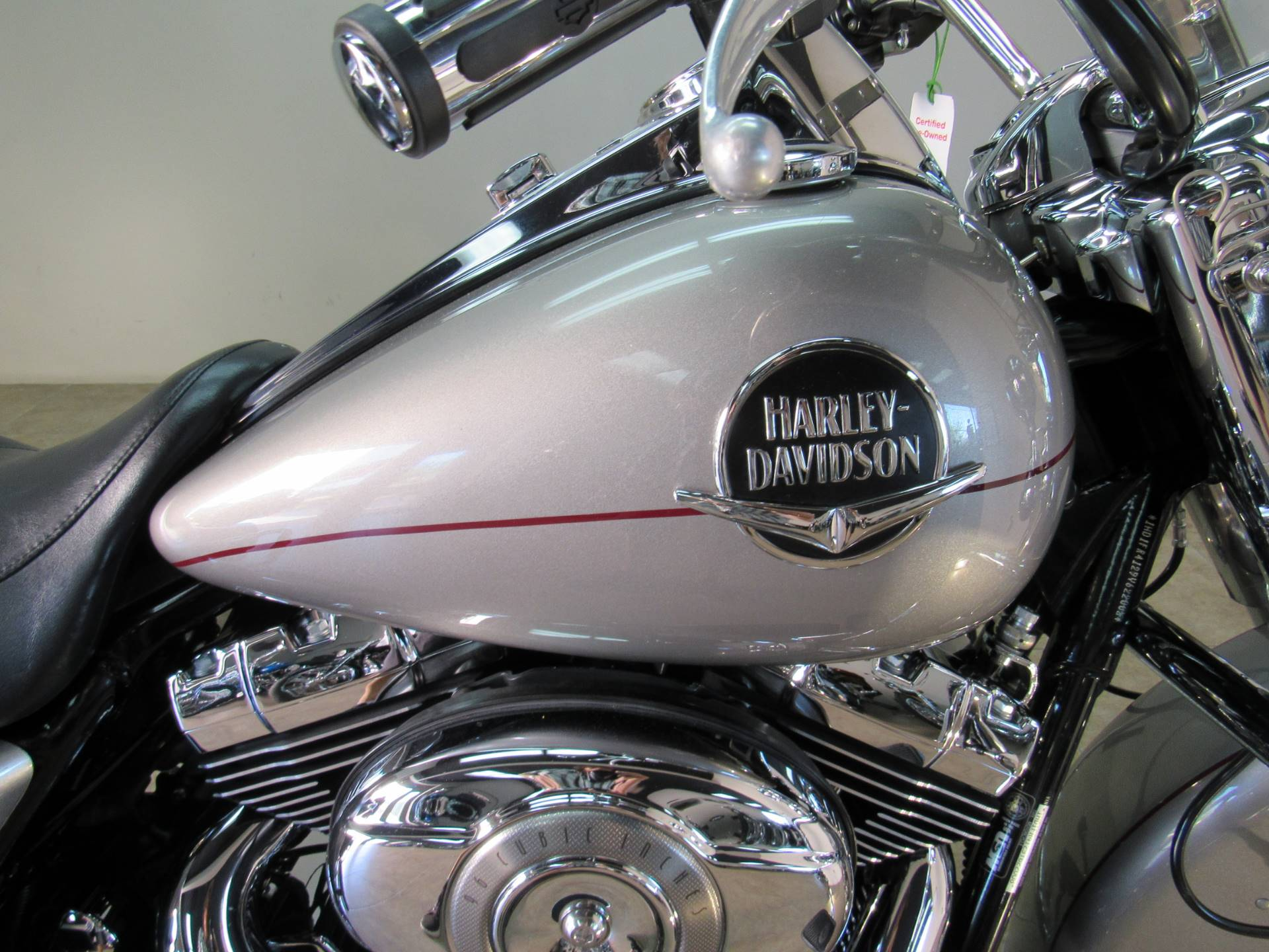 2009 Harley-Davidson Road King® Classic in Temecula, California - Photo 8