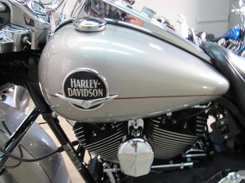 2009 Harley-Davidson Road King® Classic in Temecula, California - Photo 15