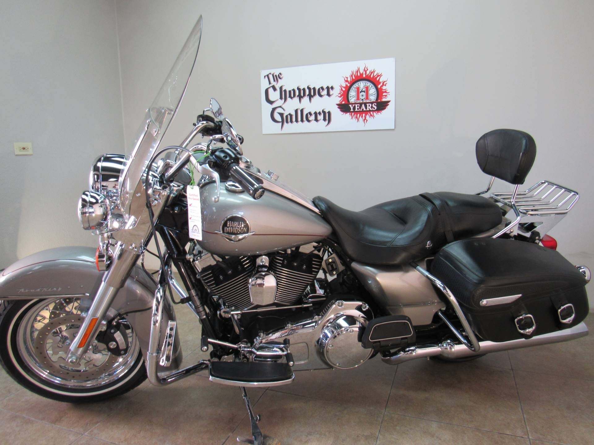 2009 Harley-Davidson Road King® Classic in Temecula, California - Photo 6