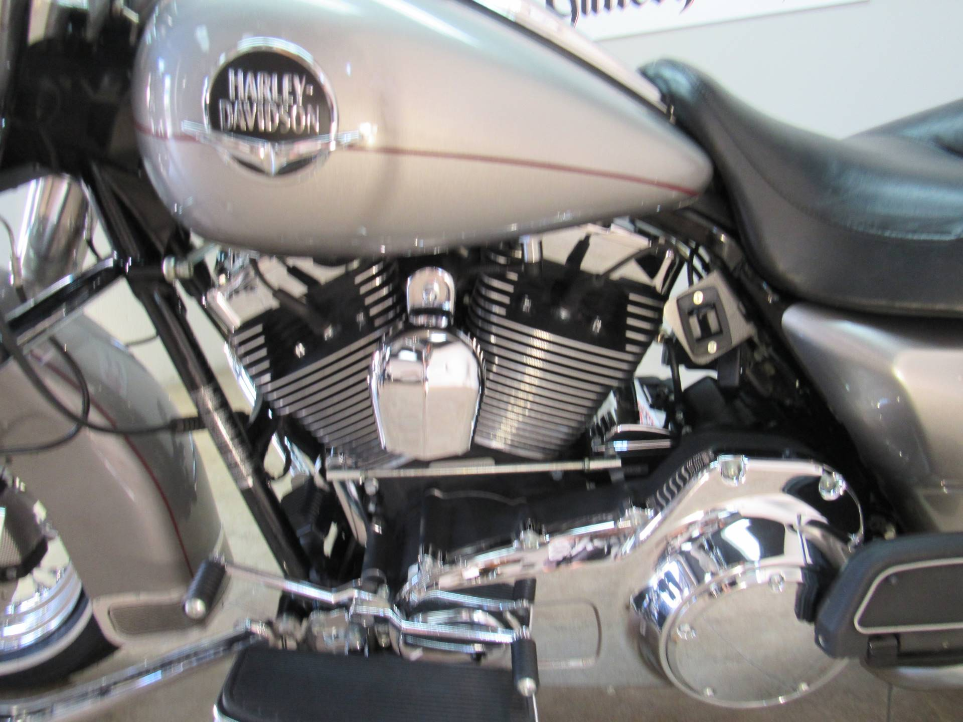 2009 Harley-Davidson Road King® Classic in Temecula, California - Photo 18