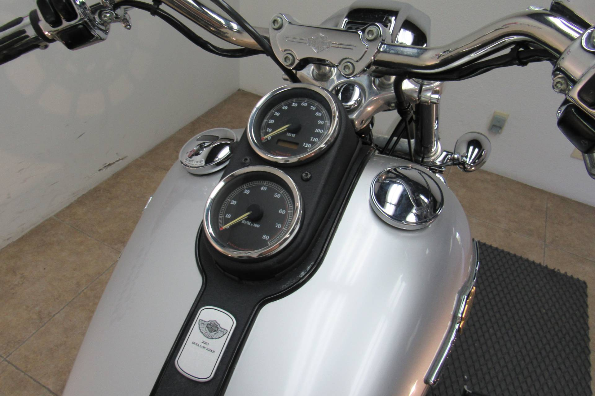 2003 Harley-Davidson FXDL Dyna Low Rider® in Temecula, California - Photo 15