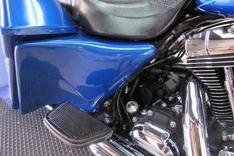2010 Harley-Davidson Road King® Classic in Temecula, California - Photo 17