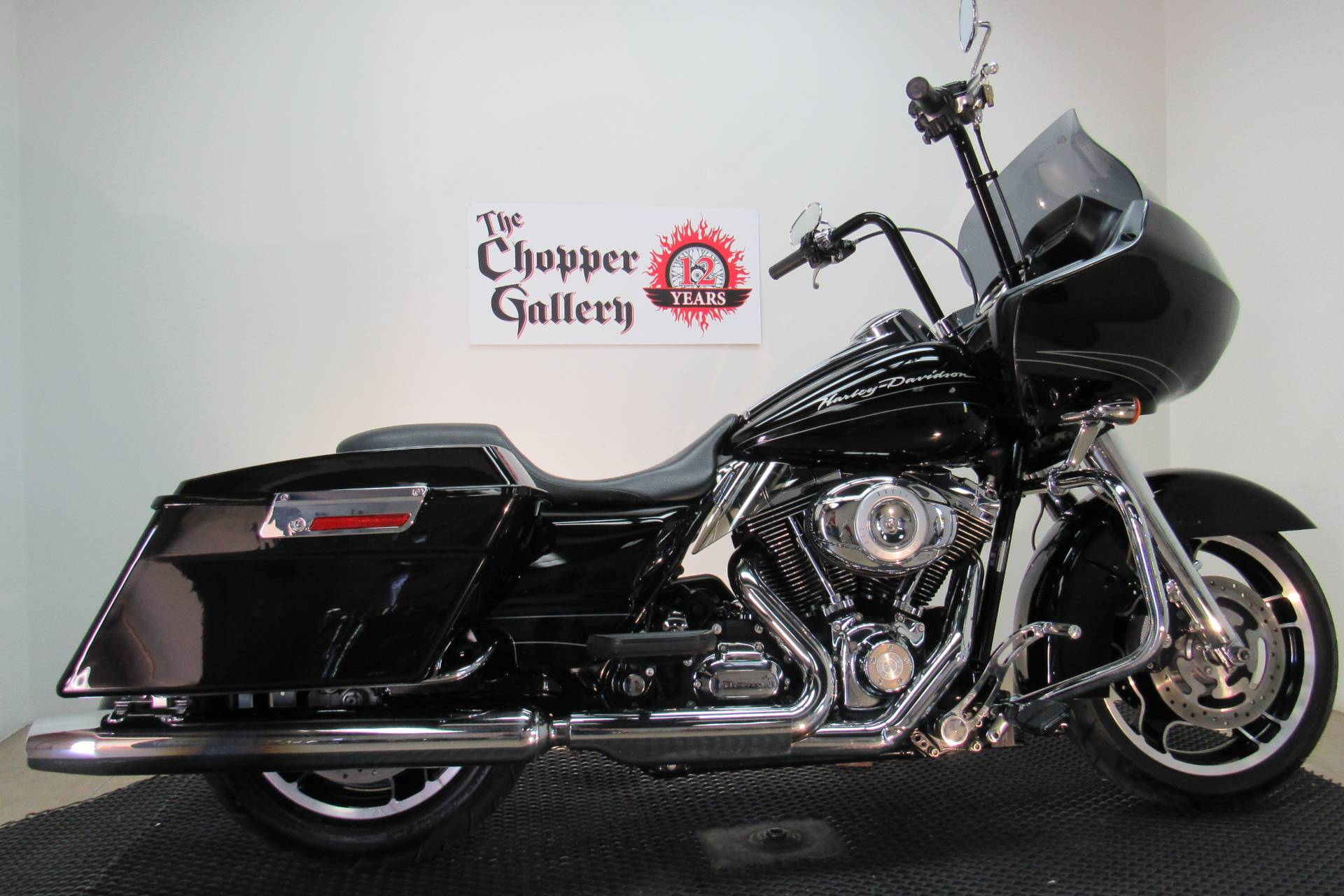 2010 Harley-Davidson Road Glide® Custom in Temecula, California - Photo 9