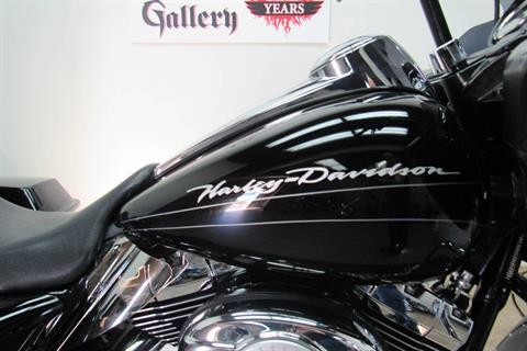 2010 Harley-Davidson Road Glide® Custom in Temecula, California - Photo 11