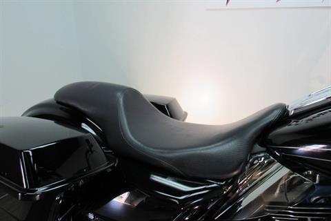 2010 Harley-Davidson Road Glide® Custom in Temecula, California - Photo 10
