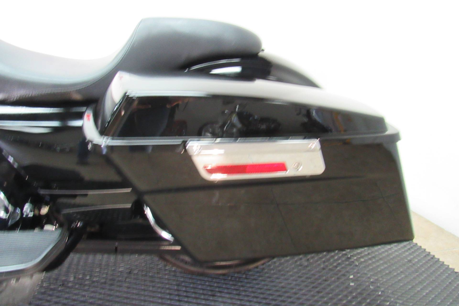 2010 Harley-Davidson Road Glide® Custom in Temecula, California - Photo 27