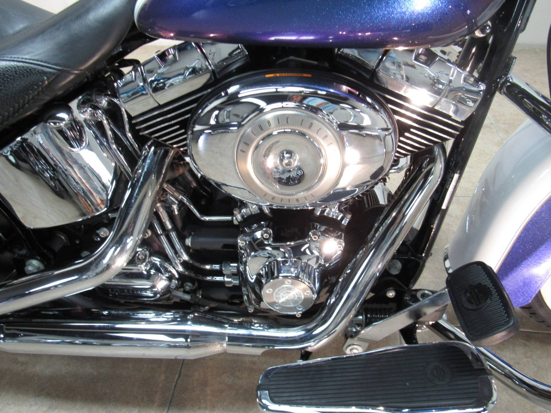 2010 Harley-Davidson Softail® Deluxe in Temecula, California - Photo 11