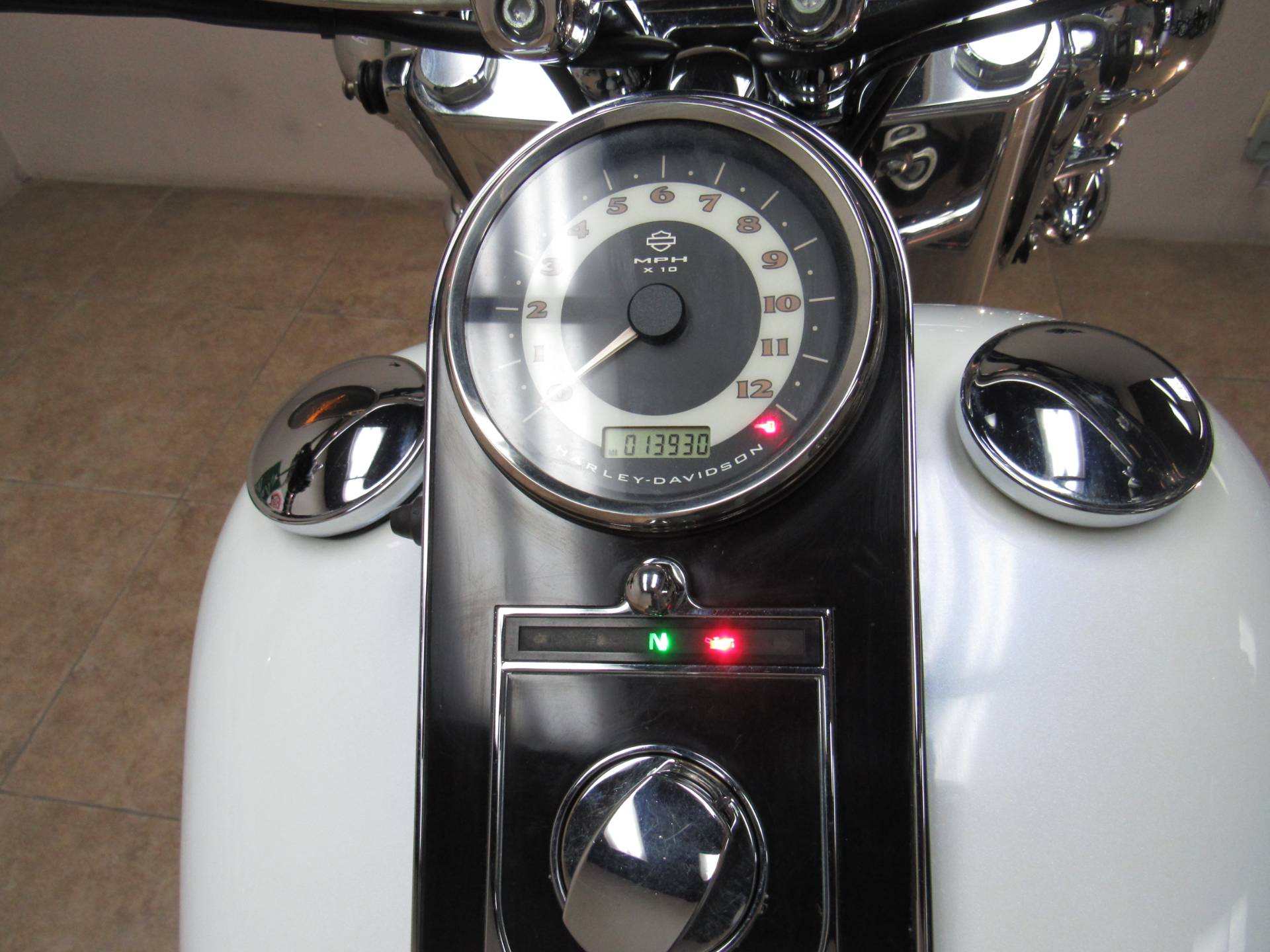 2010 Harley-Davidson Softail® Deluxe in Temecula, California - Photo 20