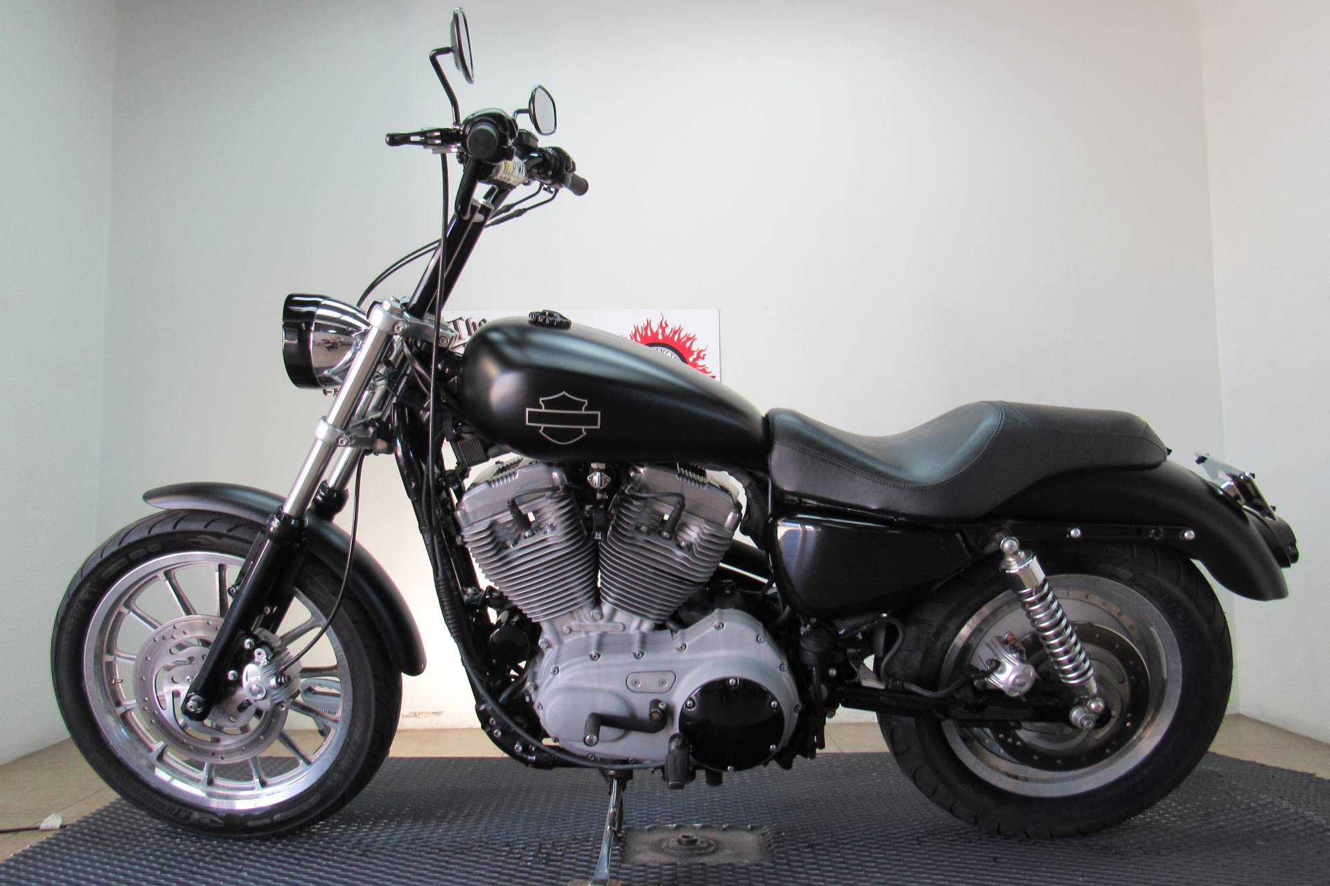 2006 Harley-Davidson Sportster® 883 Custom in Temecula, California - Photo 2