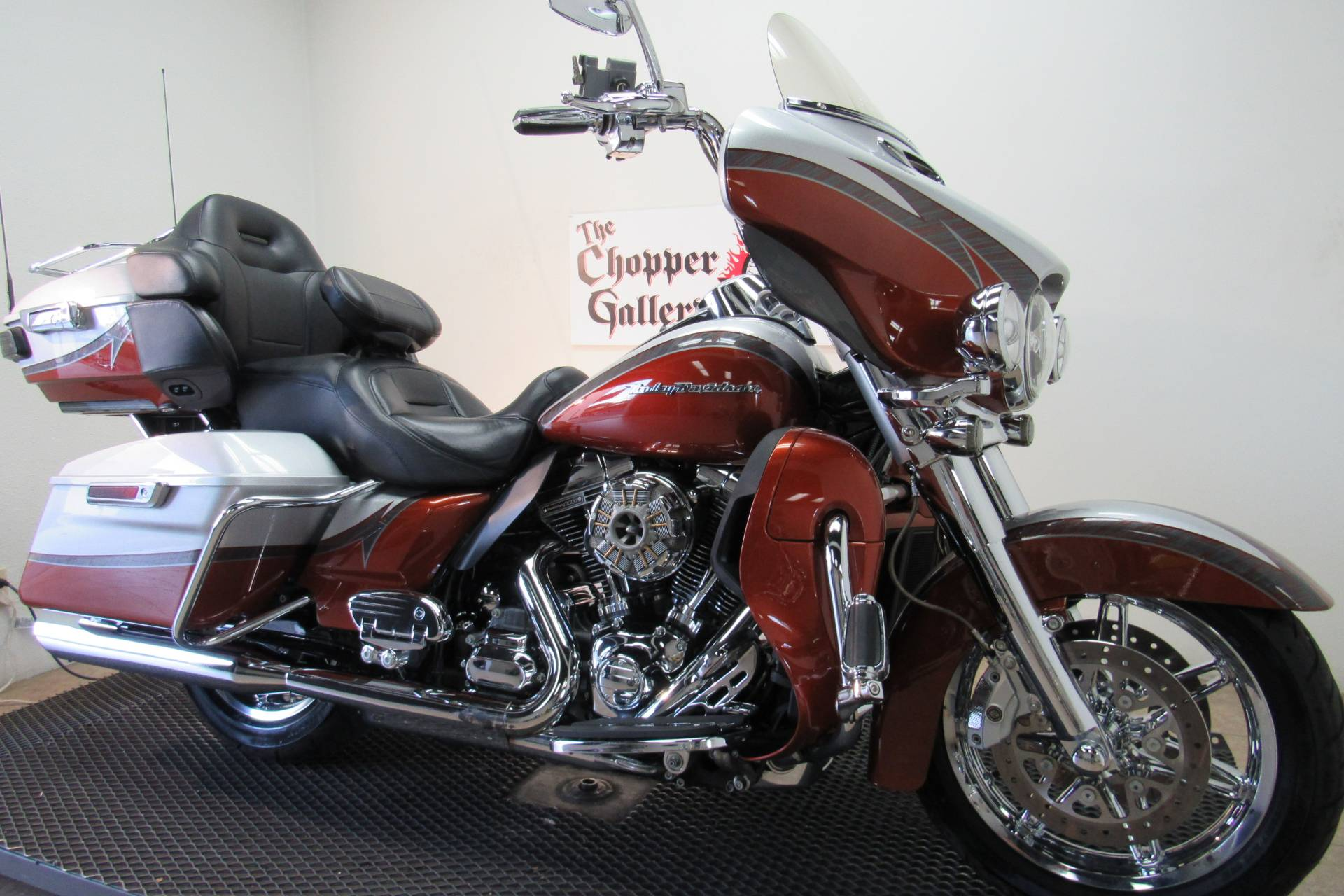 2014 Harley-Davidson CVO™ Limited in Temecula, California - Photo 3