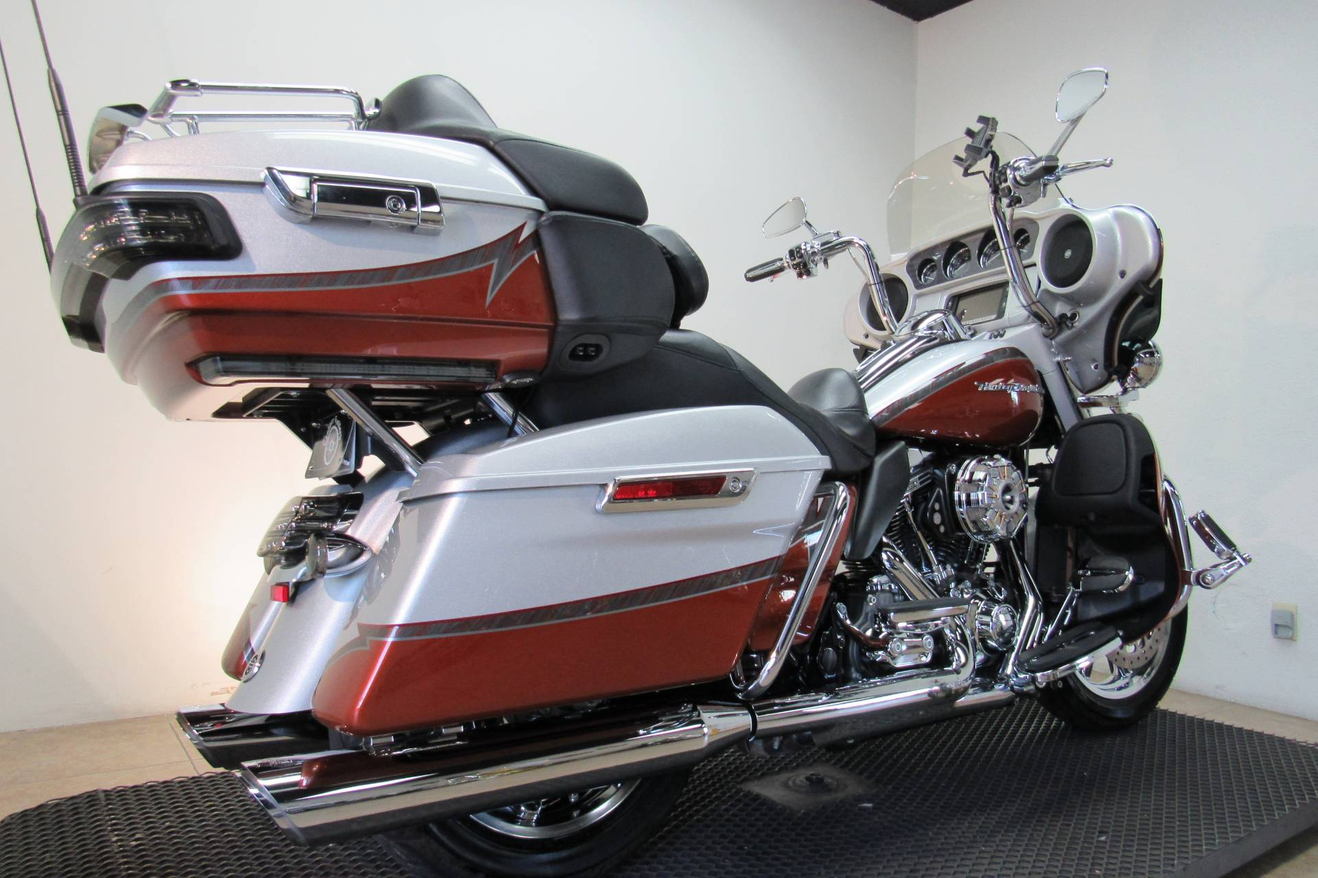 2014 Harley-Davidson CVO™ Limited in Temecula, California - Photo 27
