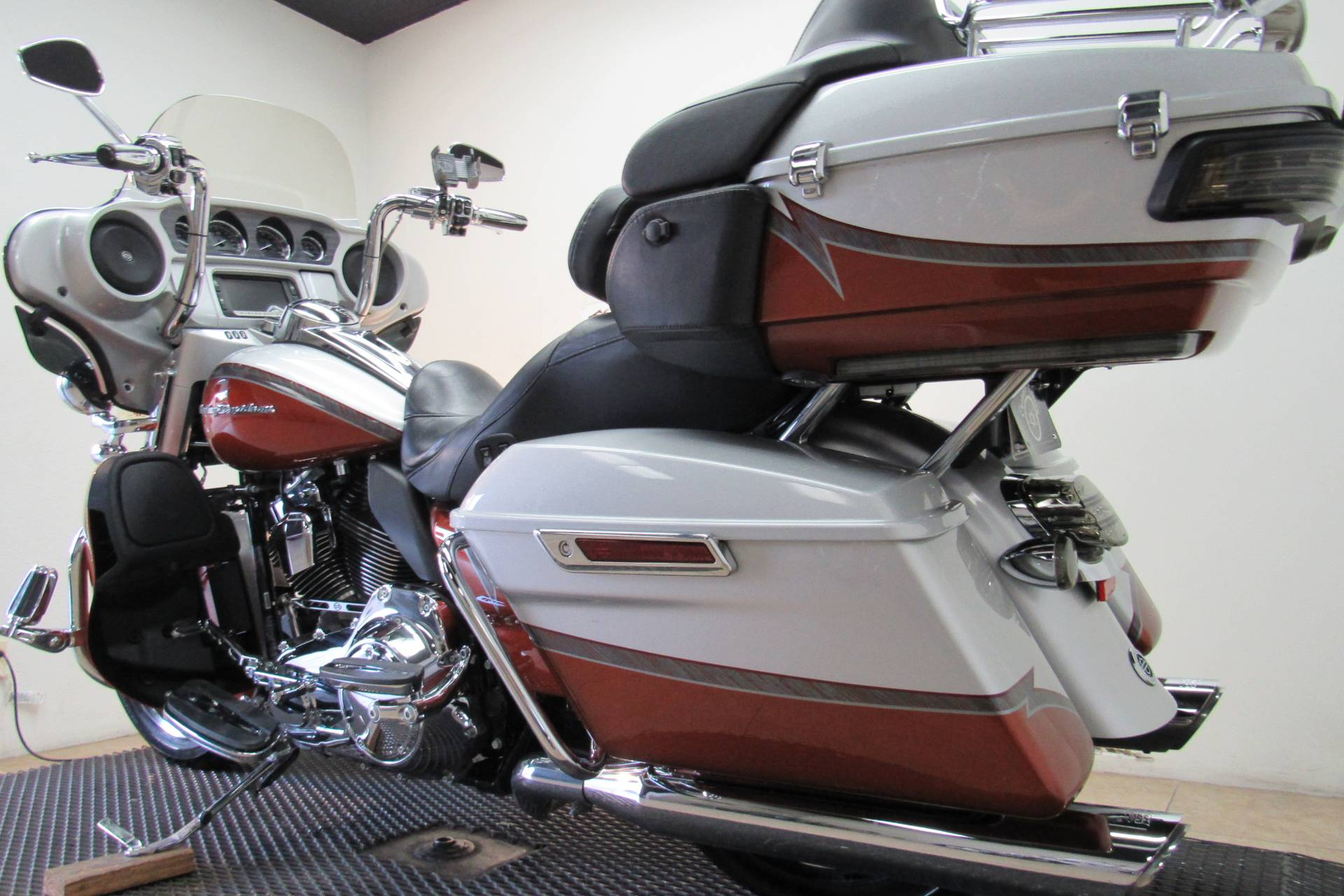 2014 Harley-Davidson CVO™ Limited in Temecula, California - Photo 33