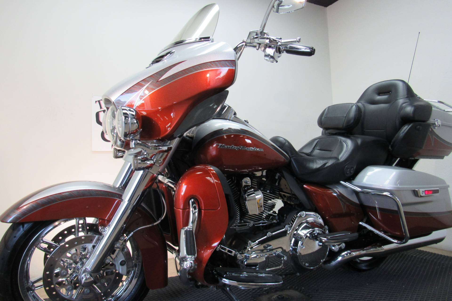 2014 Harley-Davidson CVO™ Limited in Temecula, California - Photo 38