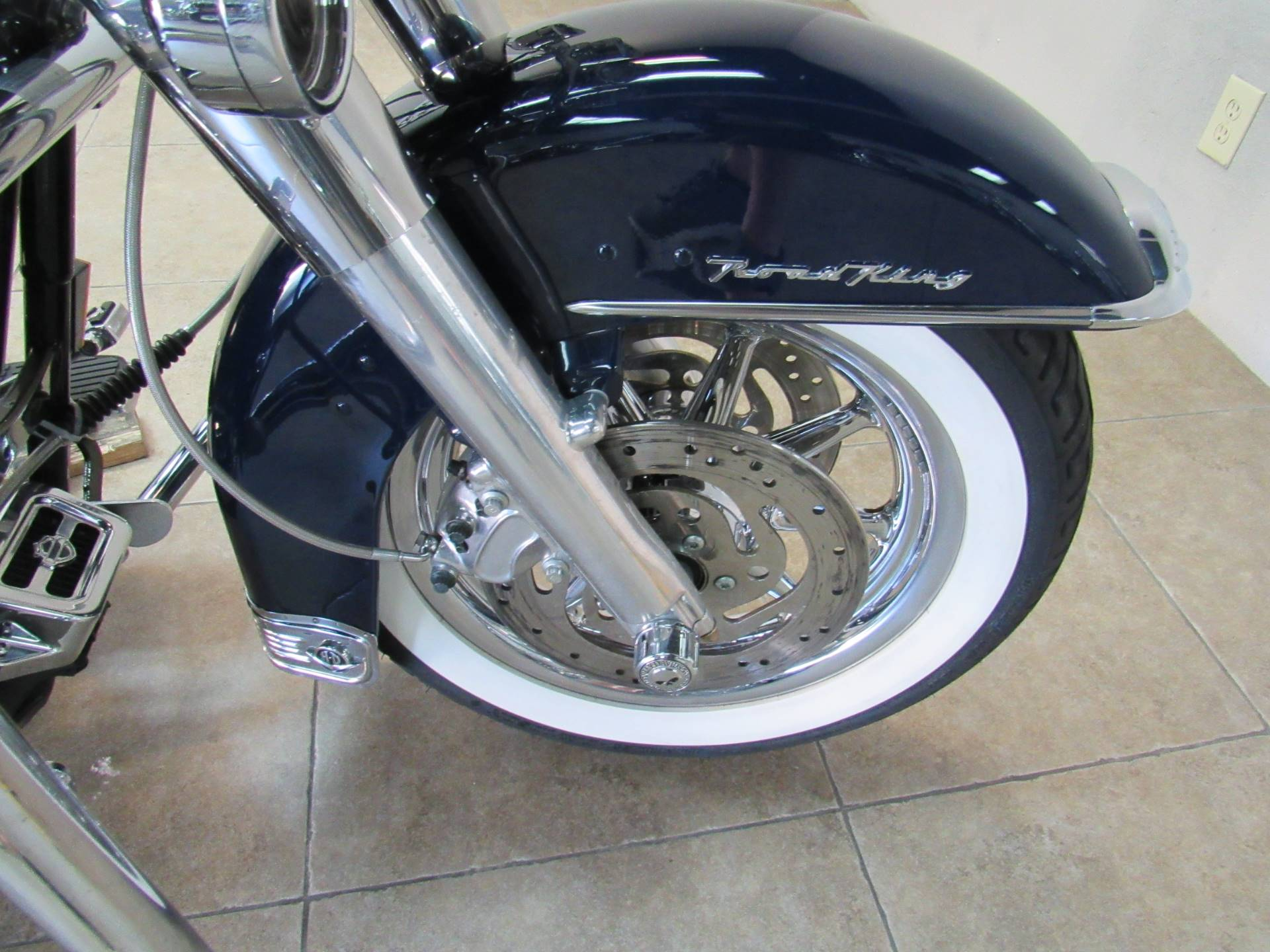 2004 Harley-Davidson Peace Officer Special Edition in Temecula, California - Photo 17