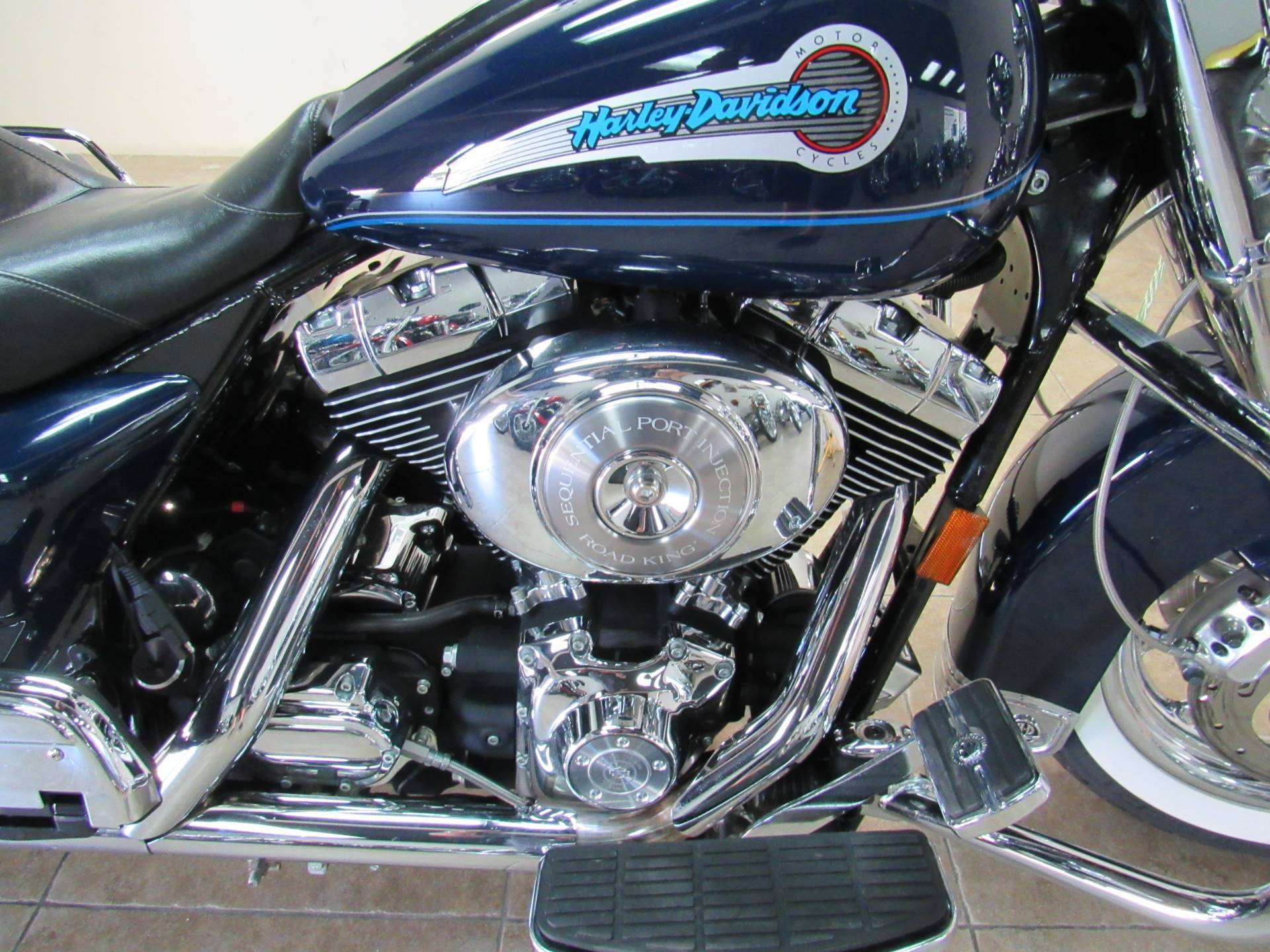 2004 Harley-Davidson Peace Officer Special Edition in Temecula, California - Photo 7