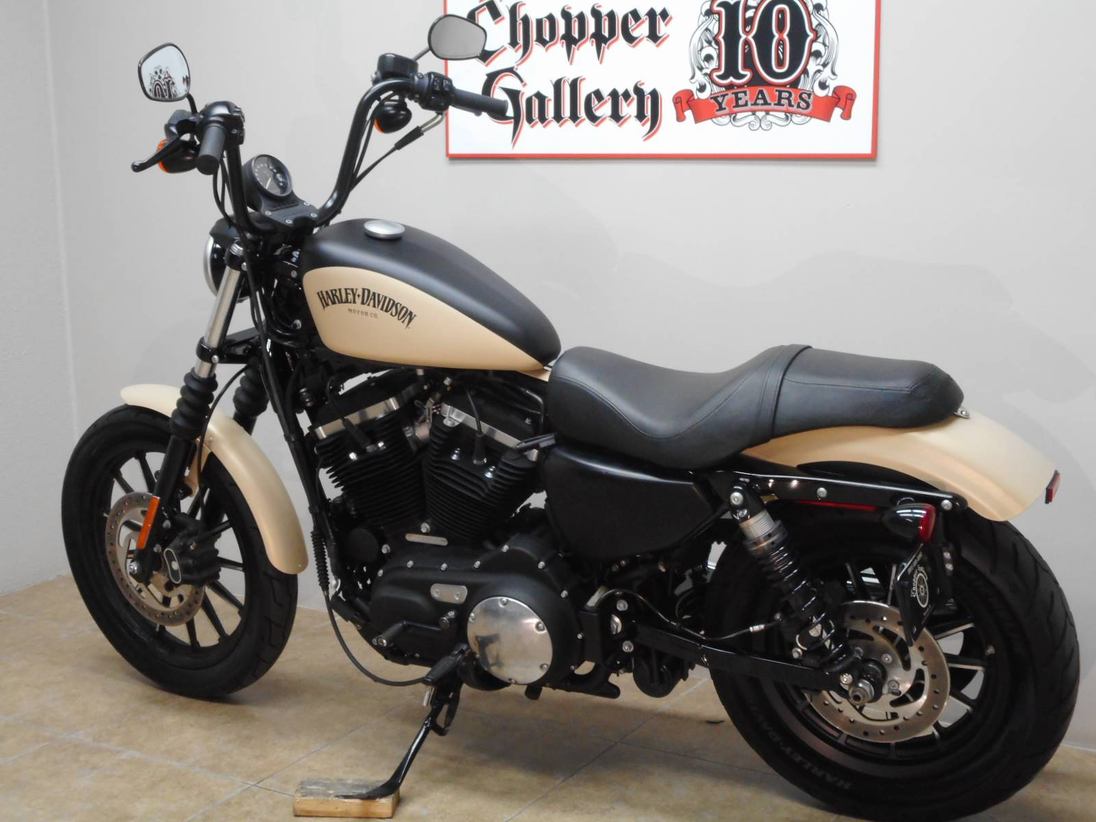 2015 Harley-Davidson Iron 883™ in Temecula, California