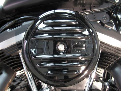 2016 Harley-Davidson Iron 883™ in Temecula, California - Photo 11