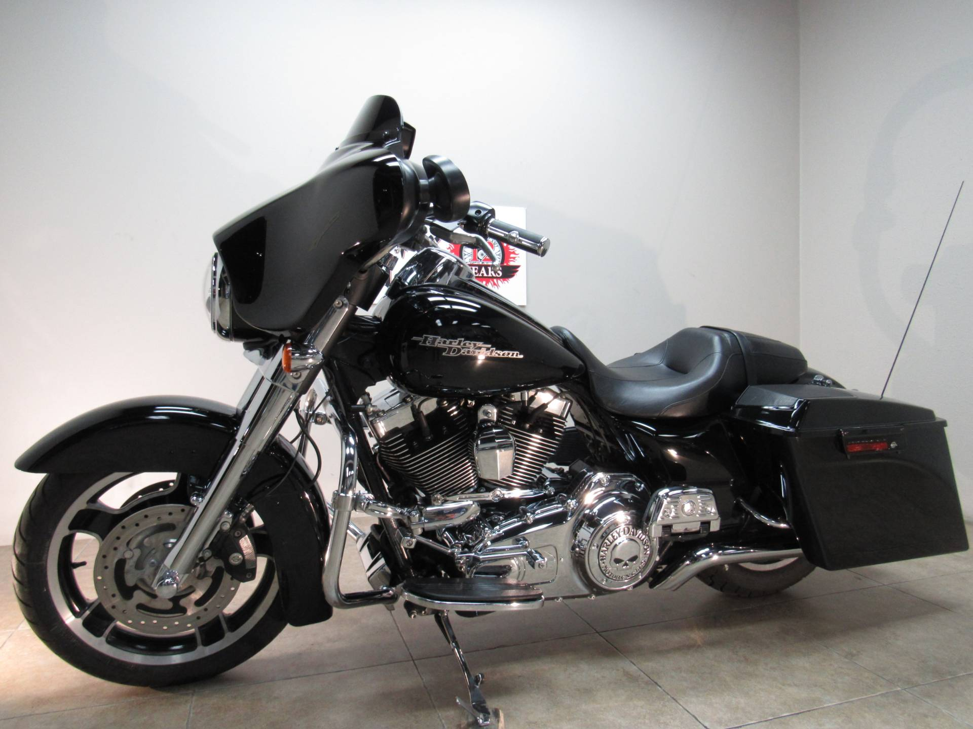 2012 Harley-Davidson Street Glide® in Temecula, California - Photo 2