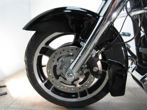 2012 Harley-Davidson Street Glide® in Temecula, California - Photo 25