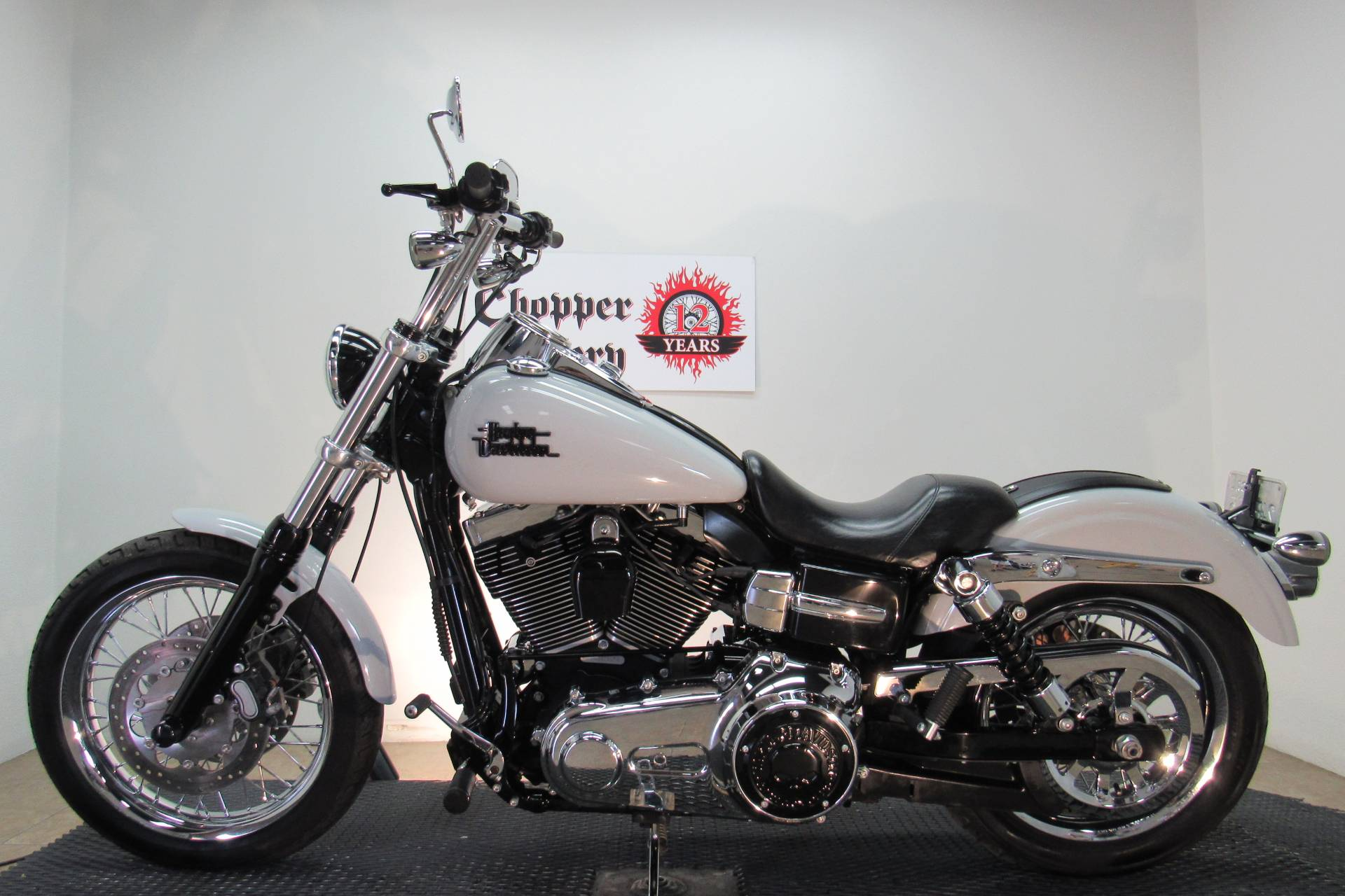 2014 Harley-Davidson Dyna® Super Glide® Custom in Temecula, California - Photo 2