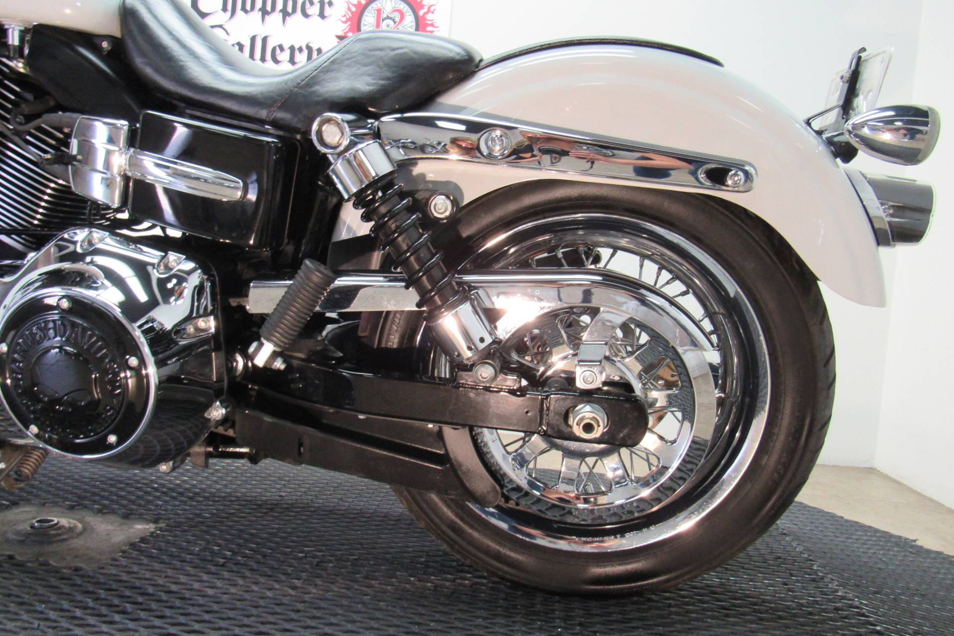 2014 Harley-Davidson Dyna® Super Glide® Custom in Temecula, California - Photo 26