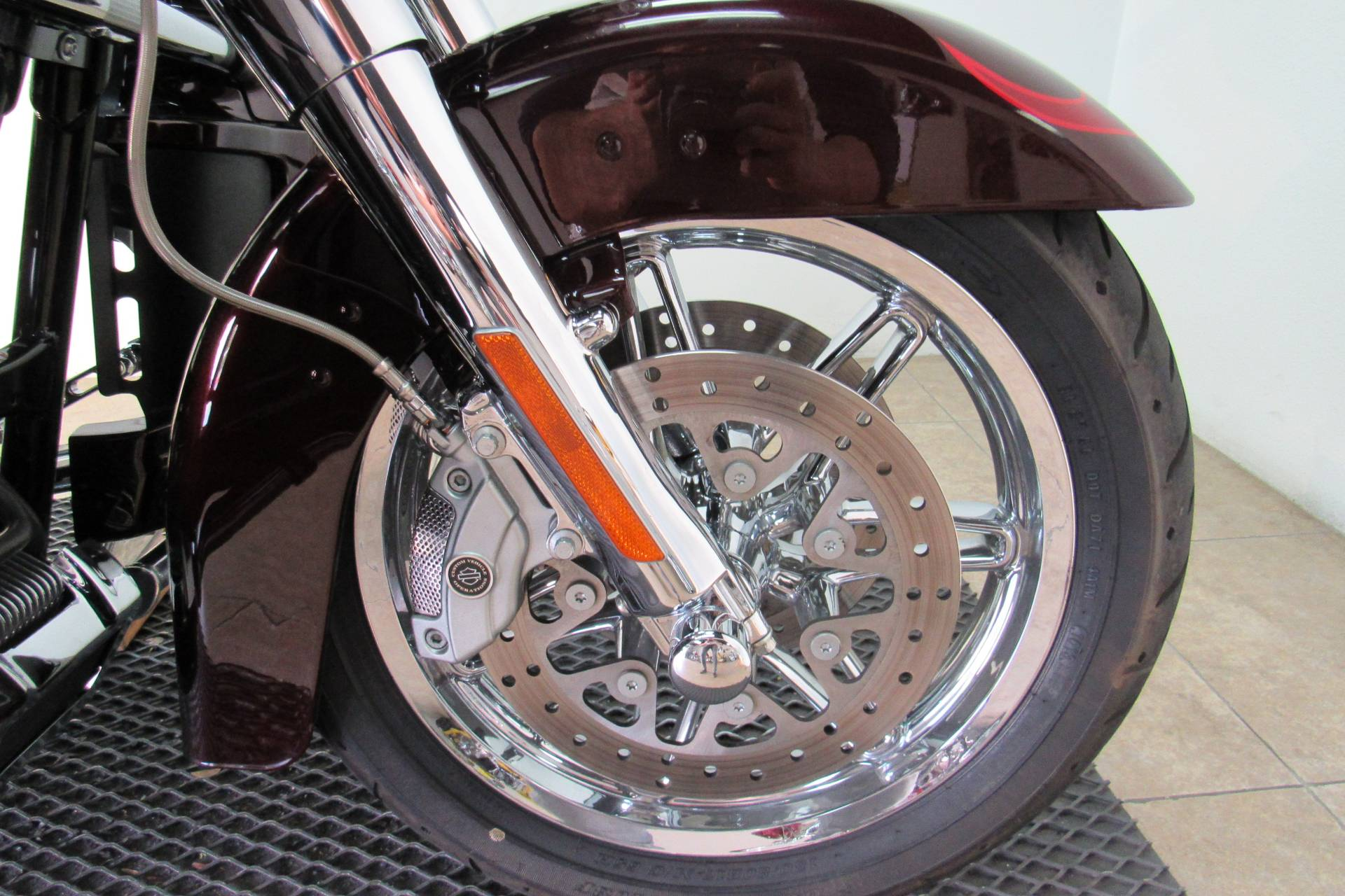 2013 Harley-Davidson CVO™ Ultra Classic® Electra Glide® in Temecula, California - Photo 12