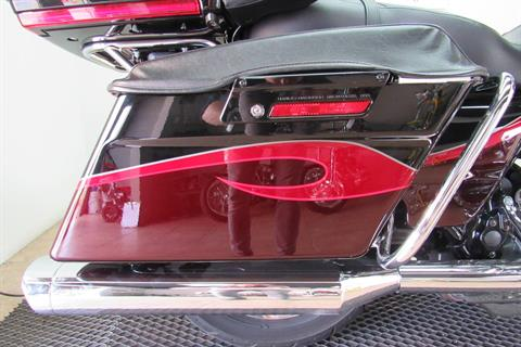 2013 Harley-Davidson CVO™ Ultra Classic® Electra Glide® in Temecula, California - Photo 19