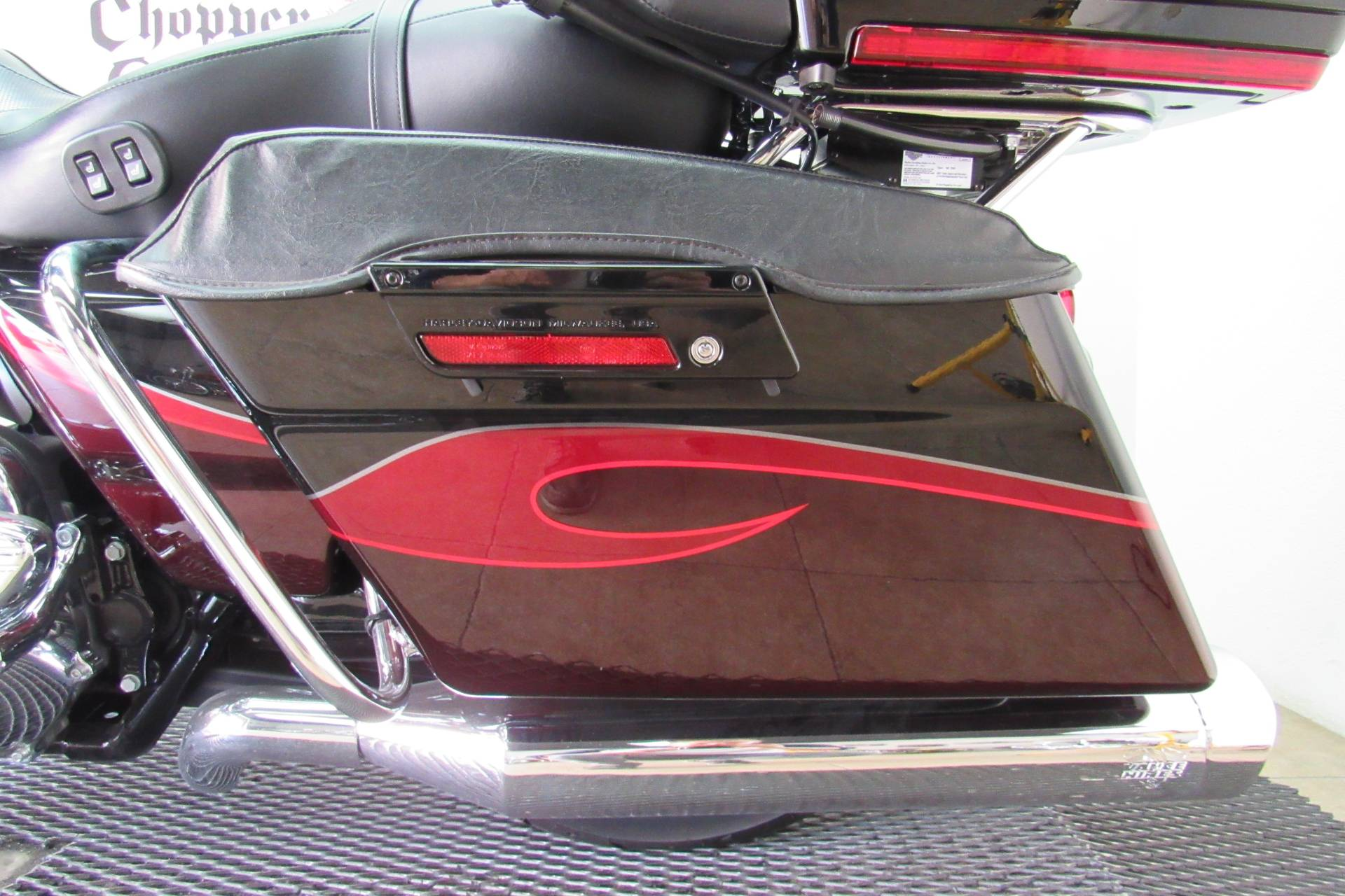 2013 Harley-Davidson CVO™ Ultra Classic® Electra Glide® in Temecula, California - Photo 28