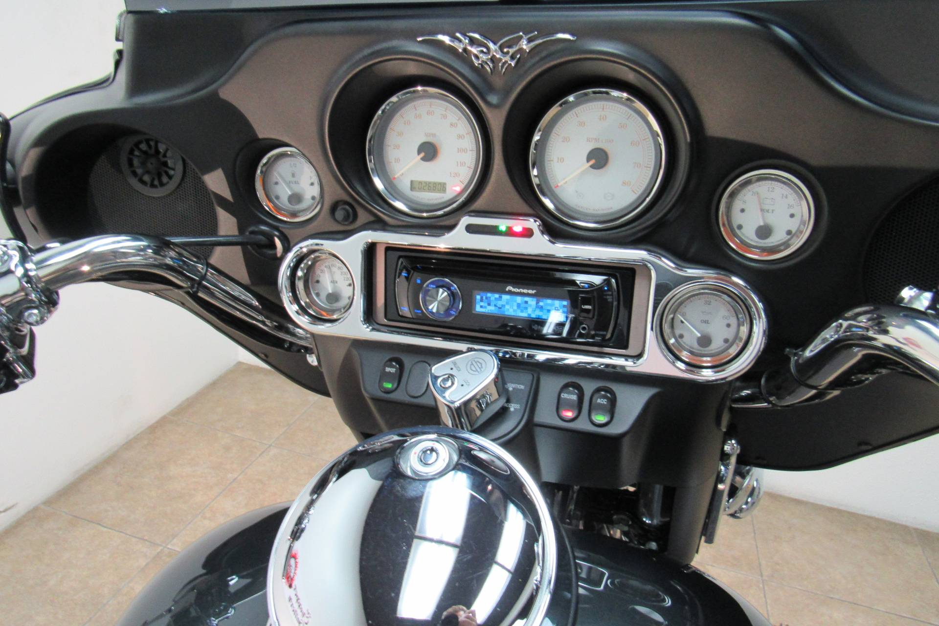 2009 Harley-Davidson Street Glide® in Temecula, California - Photo 15