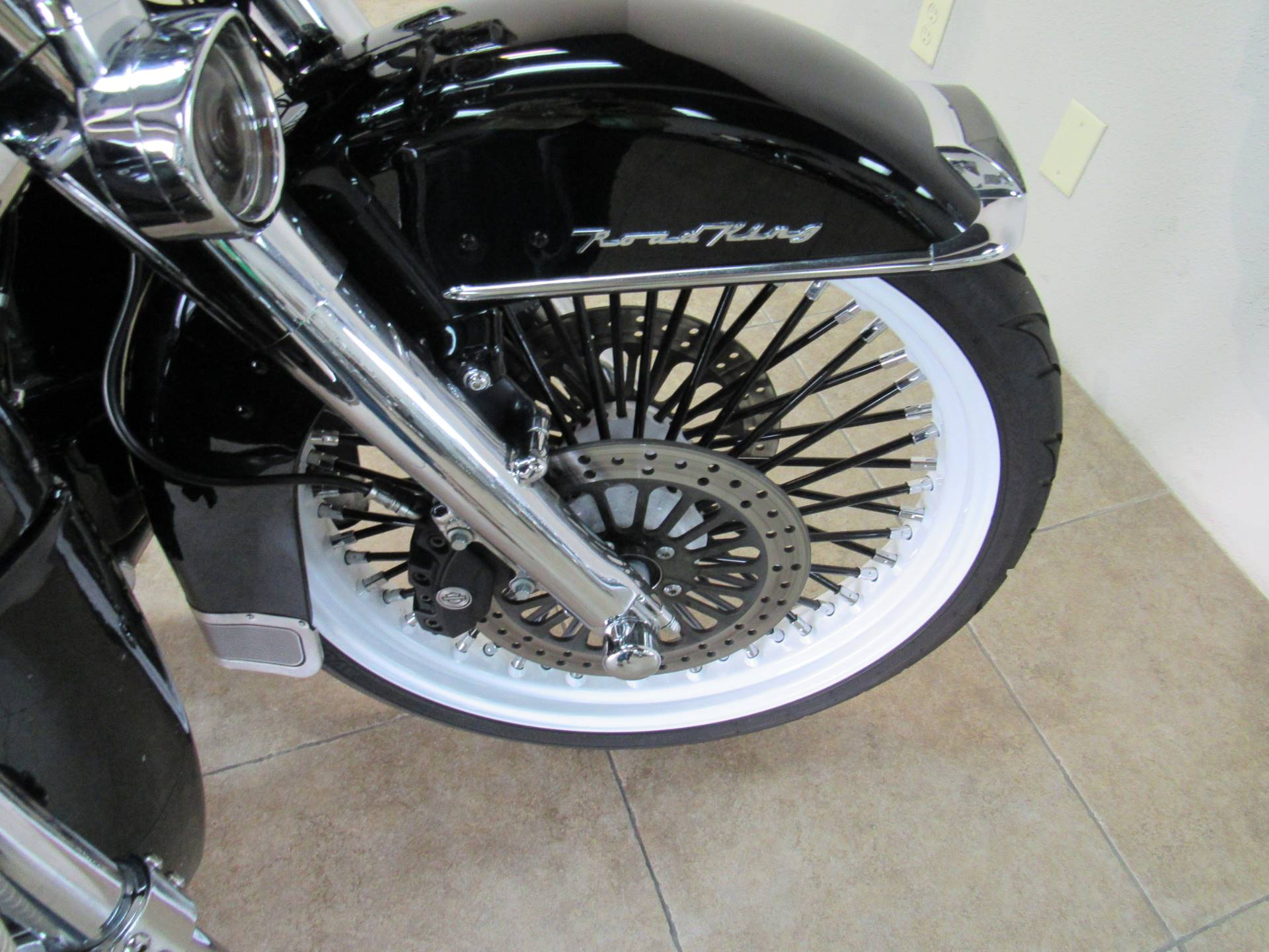 2008 Harley-Davidson Road King® in Temecula, California - Photo 7