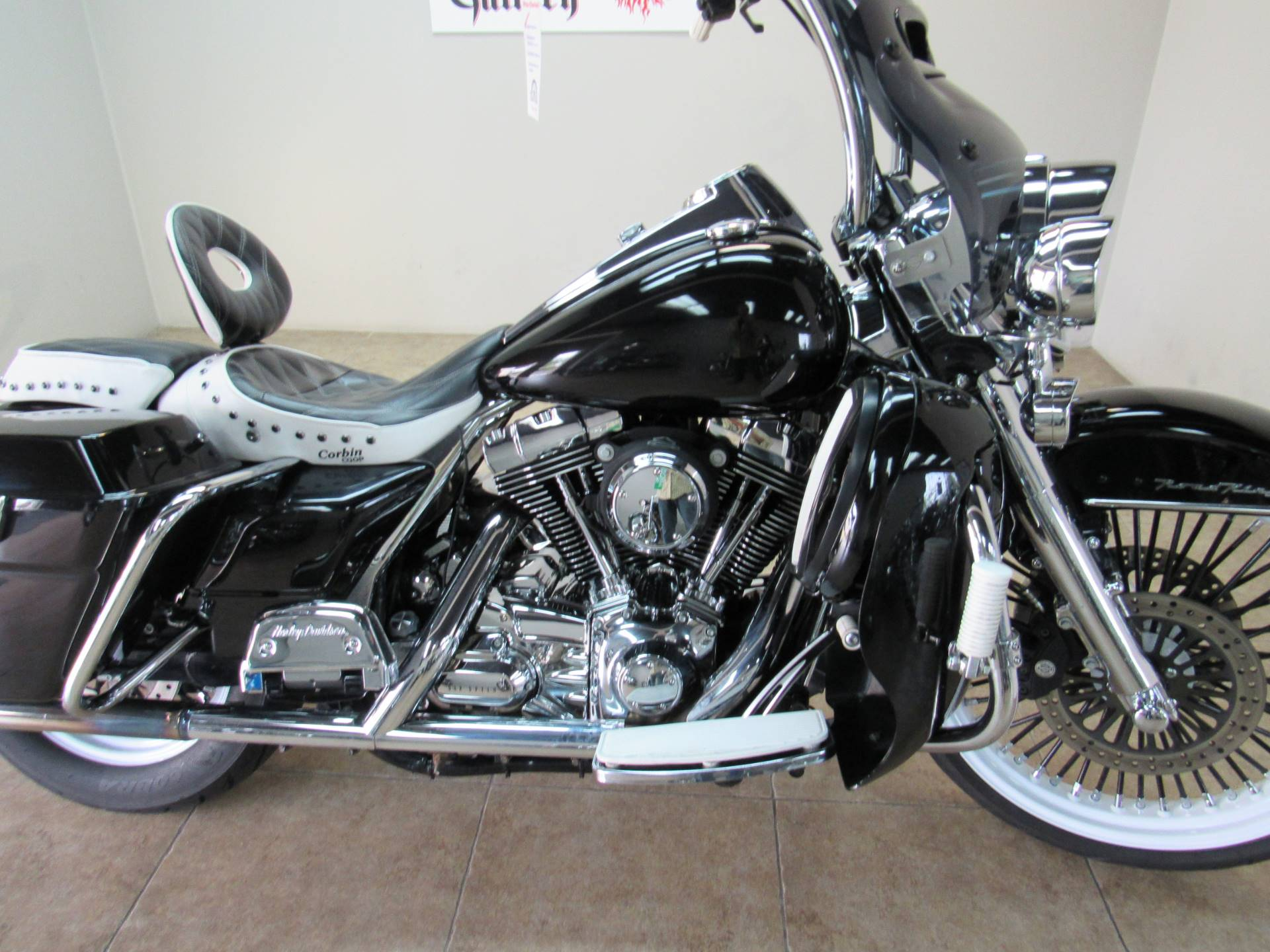 2008 Harley-Davidson Road King® in Temecula, California - Photo 20