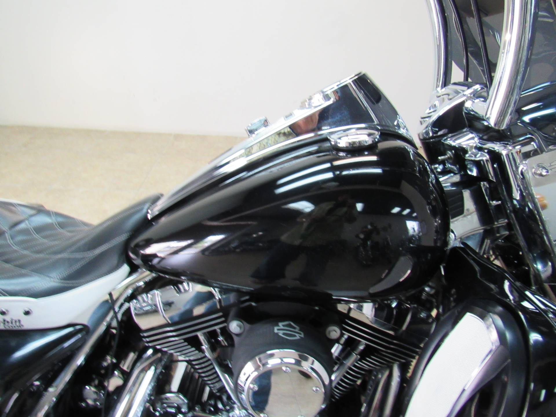 2008 Harley-Davidson Road King® in Temecula, California - Photo 33