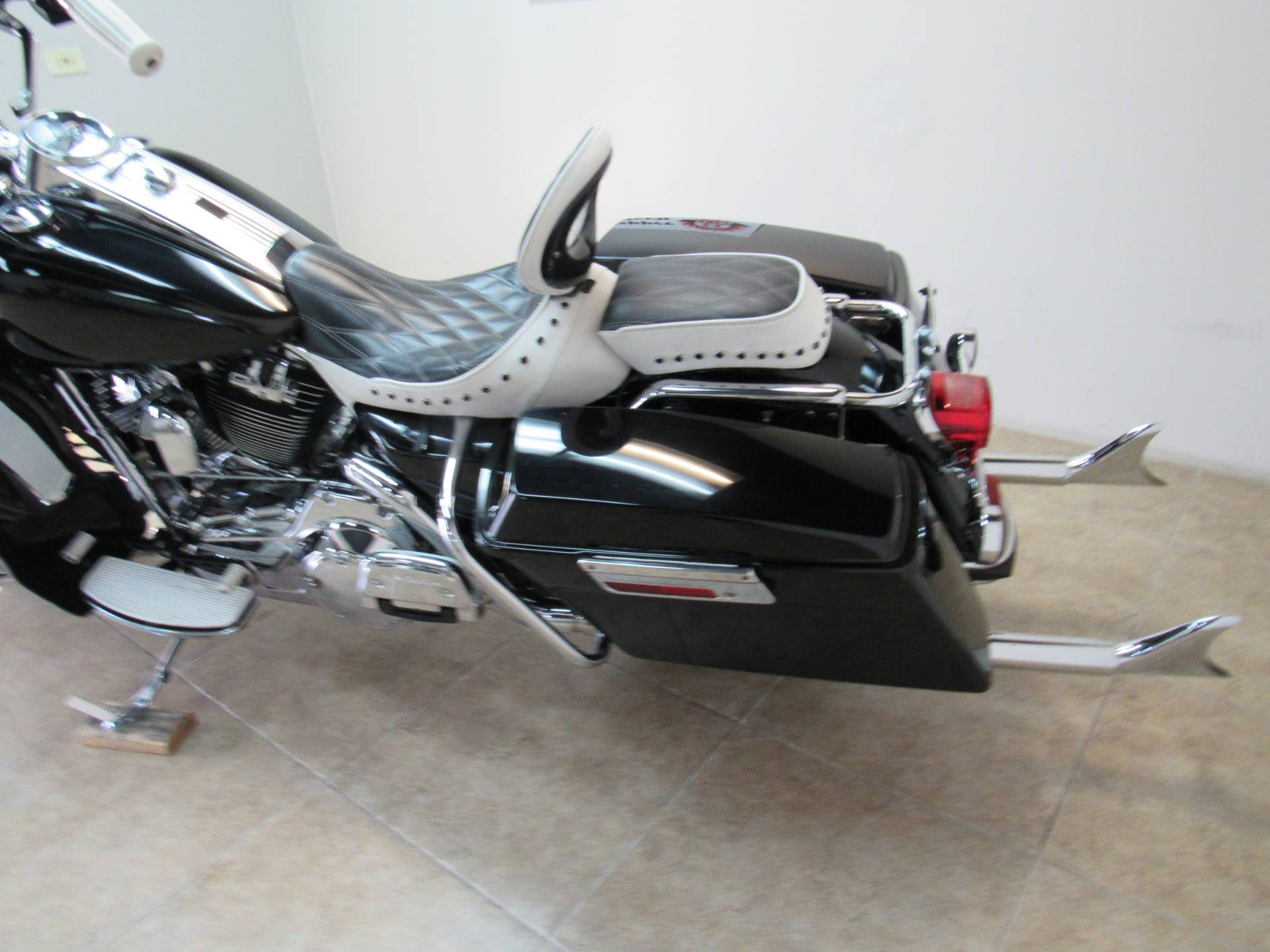 2008 Harley-Davidson Road King® in Temecula, California - Photo 35