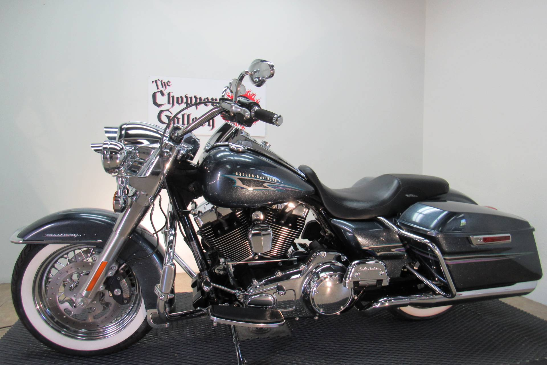 2015 Harley-Davidson Road King® in Temecula, California - Photo 2
