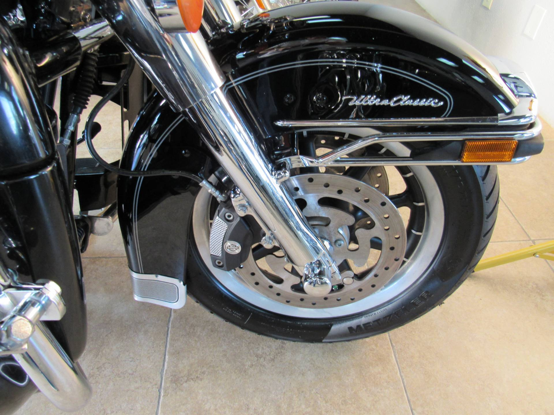 2010 Harley-Davidson Ultra Classic® Electra Glide® in Temecula, California - Photo 12