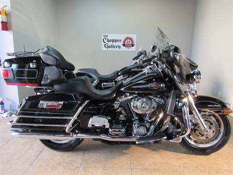 2010 Harley-Davidson Ultra Classic® Electra Glide® in Temecula, California - Photo 15